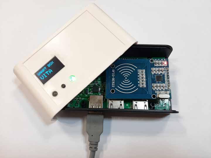 برد کنترلر HDMI از راه دور توسط تلفن همراه با ارتباط WIFI روشن